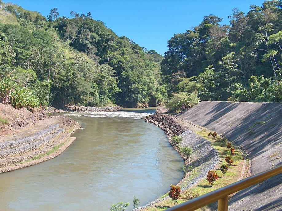 PROYECTO HIDROELECTRICO TORITO EN TURRIALBA (COSTA RICA)